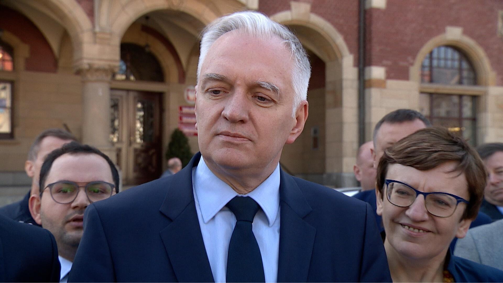 """""""Czy wystarczy panu do pierwszego?"""". Jarosław Gowin nie chciał odpowiedzieć"""