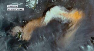 Wybuch wulkanu na zdjęciu satelitarnym